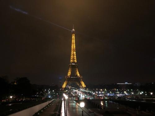 (파리=연합뉴스) 김용래 특파원 = 프랑스 파리 에펠탑의 야경