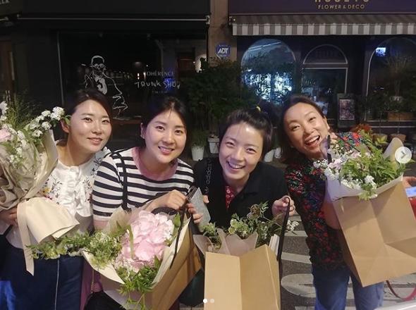 왼쪽부터 김경아 강유미 안영미 정경미