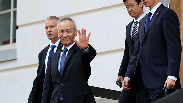 트럼프 대통령이 중국이 합의를 깼다고 주장한 직후 워싱턴을 찾은 류허 중국 부총리