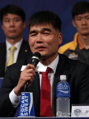 남자배구 대표팀 전임 사령탑에 선임된 임도헌 감독 [연합뉴스 자료 사진]