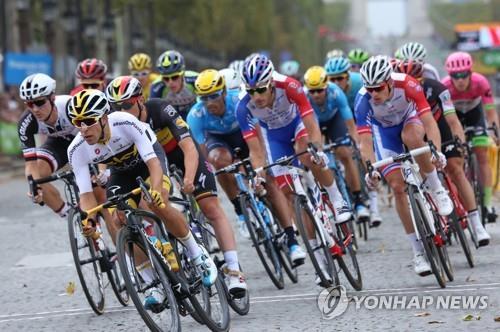 투르 드 프랑스에 참여한 사이클 선수들 [UPI=연합뉴스]