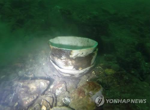 태안 당암포 해역 수중발굴 [문화재청 제공=연합뉴스 자료사진]