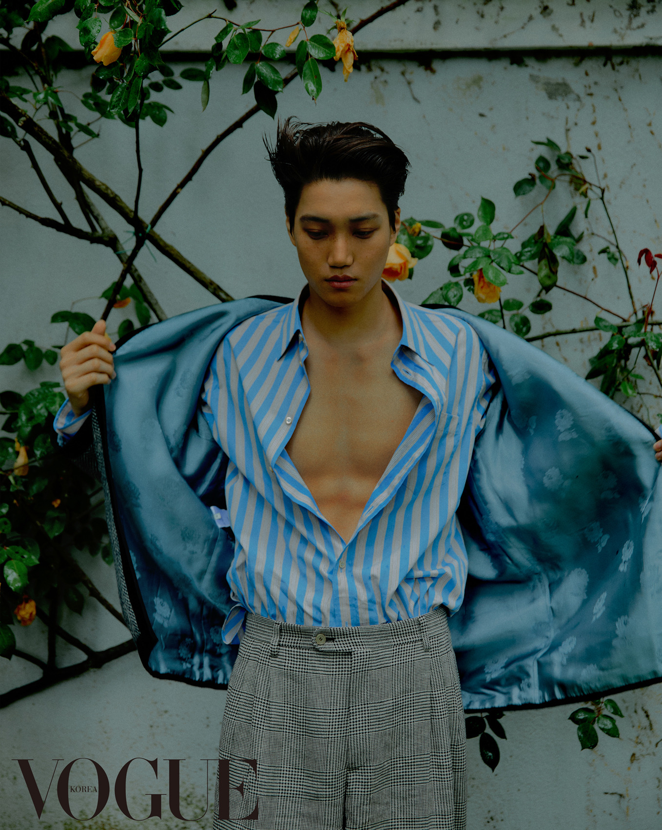 <p>Fashion magazine Vogue Korea 7 November public for information in an exclusive atmosphere with various styles to your own Personality as perfectly digested Kai of all our won.</p><p>Photoshoot in Kai houndstooth pattern adorns the coat and also the PIN pattern of the suit, a blue and red striped jacket with patch detailing of brown cotton pants, a variety of fashion and appearance. Especially the shirt between solid muscle and masculine and was also.</p><p>Meanwhile, Kai this afternoon and 9: 50 minutes first broadcast KBS 2TV with as car car as as starred in it. With online car car only asthe dream of forgotten youth in the half hundred Golden harvest as the UK, football is a simple if time in it.</p>