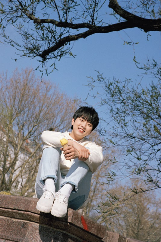 두 번째 솔로 앨범 '날씨 좋은 날'로 돌아온 B1A4 산들. 제공|WM엔터테인먼트