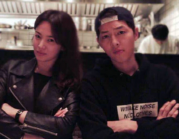 """<p> Actress Song Hye-Kyo is """"the husband Song Joong-ki and deliberate distressed finish in divorce procedures,""""he said.</p><p>The """"reason for the personality differences, the two sides of both the name not overcome by the This decision was. Other specifics of the two sides of the actors personal life in check, can that respectfully aspect,""""he added.</p><p>Actor Song Joong-ki and Song Hye-Gyo in the past in 2016 KBS2TV 'the suns descendant'via 'Songpoon Couple'is loved by many and touch the development by 2017, 10 October married.</p><p>→The following are the Song Hye-Gyo companys Official position</p><p>Hello everyone. Song Hye-Kyo company UAA Lok is.</p><p>First is not good news as a greeting to pig, unfortunately, think.</p><p>Currently our actress Song Hye-Kyo, Mr. husband and a carefully distressed finish in divorce procedures can.</p><p>Reason for personality differences, the two sides of both the name not overcome by The such a decision now.</p><p>Other specifics of the two sides of the actors personal life in check may not be that respectful both to other members.</p><p>Or, for stimulating the sidewalk and guessing comments such as self-control to your entitlement..</p><p>Even to the needs In the future with better life with romance</p><p>Thank you.</p>"""