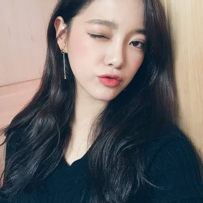 "<p> Gugudan Kim Se-jeong the status to public.</p><p>4 Kim Se-jeong is Gugudan official Instagram to ""do you just appear that Fibrillation this near panic""and a few pictures of this year.</p><p>Revealed in the picture, Kim Se-jeong of all our won. Kim Se-jeong the number of Decorated can from the food you eat can, coffee can, such as near the situation to the public.</p><p>Meanwhile, Kim Se-jeong is coming 29 the first broadcast scheduled for KBS2 new Monday-Tuesday side of the drama, 'Your Song for me'to starring.</p>"
