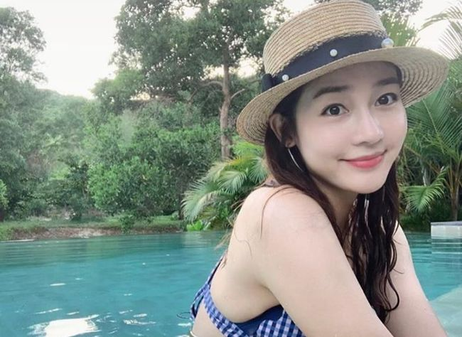 <p> Actor Castle is still a fairy, Beautiful looks for the show had.</p><p>Sex free 6 days his Instagram on travel taken at the perfect multiple photos posted were.</p><p>Published photo in the trees surrounded by the pool in a cute hat and swim is successful, the appearance of it contains. Over time no change Performance Share elements of the same Beautiful looks, especially eyes.</p><p>Meanwhile Performance Glass fin member Hyo, Jade Joo Hyun, binary, along with reality programs JTBC Camping clubwith viewers and meet. Camping clubis 14 years in all four members Hyo, Jade Joo Hyun, binary, performance is the motorhome to town and country to travel to one of our program 14, at 9 PM the first broadcast. [Photos] Castle of glass Instagram </p><p> Successful, Instagram </p>