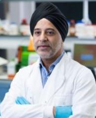 영국 서리대학교(University of Surrey)의 하데프 판다(Haedev Pandha) 종양학 교수가 감기 바이러스를 이용해 방광암 조직의 사멸에 성공했다(사진출처=University of Surrey 홈페이지)© 뉴스1