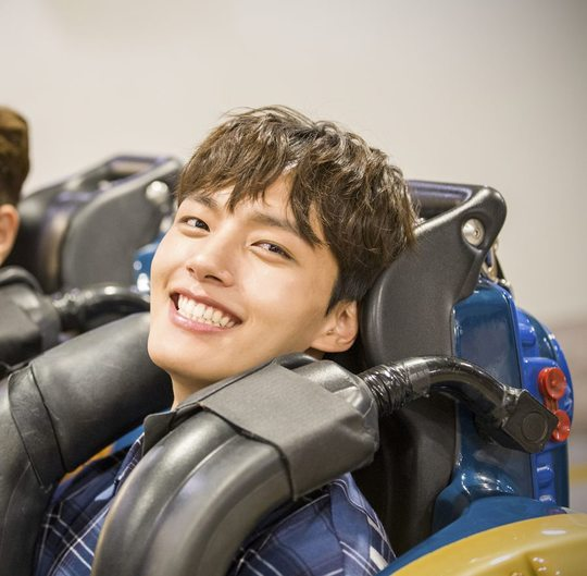<p>SBS can drama, 'Absolute Boyfriend' Yeo Jin-goo - The way people - Hong Jong-Hyun, this camera is off after the Suối Tiên Amusement Park in the South along with the rides and enjoy the happy you enjoy 'the final call to shoot the cut'this was unveiled.</p><p>7 11 final broadcast of 'Absolute Boyfriend(a positive reform because /rendering correct call made /Apollo traffic over, iHQ)'is the heiress of 100 billion old order with the birth with the cutting-edge lover robot permanent(Yeo Jin-goo), go back to your father instead of a special team to lead the same simple Breakfast was(The way people), ruin seemed to not only warm the property throughout and quality, Koreas top stars devil level(Hong Jong-Hyun)this unfold SF pretended to be a romantic Comedy. What is Yeo Jin-goo - The way people - Hong Jong-Hyun is a fantastic fantasy romance, woven sympathetic to the cause that realistic romances, sweet, but precious pure love as colorful as a 'love story'to show the excitement and impresses said.</p><p>In this regard Yeo Jin-goo - The way people - Hong Jong-Hyun this roller coaster ride and its laughing and shooting back captured my attention and. Three people Suối Tiên Amusement Park while shooting a short rest time break, the whole staff with a roller coaster ride, decided was the situation. Yeo Jin-goo - The way people - Hong Jong-Hyun is now happening yet did not Board the bishops, staff, pocketed and even a roller coaster when riding can be dangerous earrings or accessories are worn and are not turned yard still cared for.</p><p>Especially Yeo Jin-goo the rides move towards should be the staff of the chair or Luggage bag and move quickly can be helped and, with the addition of staff to the precautions part, and the scene of the youngest to most senior senior role shame had. And this before the departure of the characteristic of the building site smile throughout the scene, the atmosphere of sprouting was.</p><p>Also The way people on the chair the moment you Board