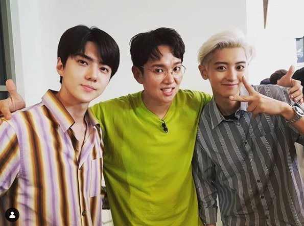 <p>Wall new is 14, his SNS, said Mary, in the hotel met the two Masters. 2 units came back to Sehun and Chanyeol-two minute application.that the US had.</p><p>Public photo belongs to Wall new is the group EXO(EXO) Sehun, Chanyeol in the shoulder to hold the smile in. Sehun and Chanyeols heart-warming visuals into it.</p><p>A picture for the fans is both a virtuoso with the nuclei surrounding the encounter, EXO I envy the brother take pictures and, look like, etc reactions.</p><p>Meanwhile, EXO new unit Sehun&Chanyeol(EXO-SC)is coming 22 days the first mini album Wat no life(What a life) set to be released on.</p>