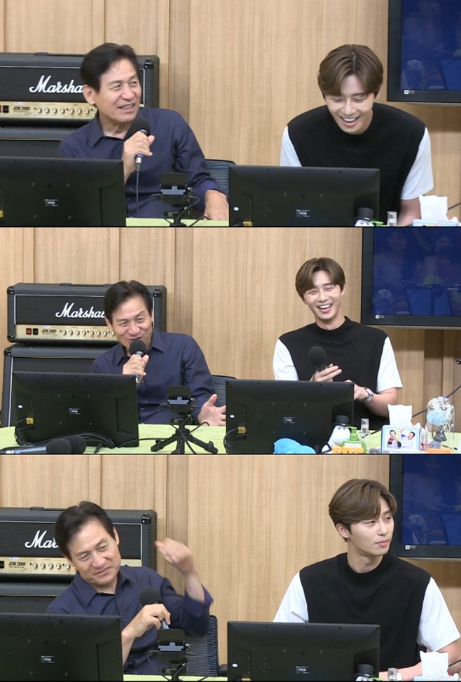 <p> TV Cultwo Showin a safe and Park Seo-joon the film Lionis about introduced.</p><p>16 afternoon broadcast of SBS Radio Power FM two escape TV Cultwo Show(the TV Cultwo Show)from the movie Lion(Director Kim Joo Hwan and produced Victoria content)of the actor Park Seo-joon, Ahn Sung-Ki is starring by the various stories shared.</p><p>This day, Park Seo-joon and Ahn Sung-Ki is the Lionto introduce the session. First, Park Seo-joon is a Lionis of God called partyline means. The movie The Lion KingThe Lion is not,he said to laughter as the conversation began.</p><p>This should create the Lionis about existing movies to look tension to not go because. Feel that way even if you are in the buddy Moody(between two people of intimate friendship in dealing with the movie)s atmosphere, and explain work expectations for leather.</p><p>Safety film property, Park Seo-joon and Breath to the story. Organizing a Park Seo-joon is the action in the film Acting a lot ofbe I the action I was trying. But the action the Bishop Falls is, but thinkand even. Fighting IS Park Seo-joon in this one, too.he said to laughter, I found myself in.</p><p>Also Ahn Sung-Ki, Park Seo-joon put awesome friendand if a little scary. However lightly laugh whenever a childlike innocence feel,he added.</p><p>In Park Seo-joon is a safe and enjoyable shooting scene recalled and respect expressed. It is safe to leave Sir, their sir,this, saying this year is Korea movie 100 anniversary. Should more seniors are living history,he said.</p><p>Actually safe this year with the debut 62 anniversary was. In this regard organizing a five-year-old when from sixteen up to 70 works was, adult until now, approximately 100 of the work appeared in,she said surprised to know about. But not to the work number is a good thing,said a modest look.</p><p>Ahn Sung-Ki and Park Seo-joon to continue to Lionhad been talking about. Especially to movies in Latin for that and related the story to the public.</p><p>Organizing the showcase i