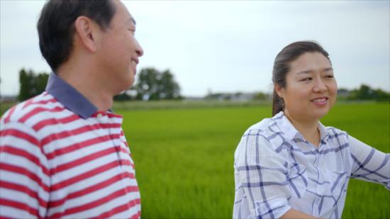 한국인 최초의 우주인 이소연 씨가 지난해 11월 디스커버리 방송에 출연, 일본의 후쿠시마를 방문해 관계자와 대화하고 있다. 사진=유튜브 디스커버리 채널 캡처