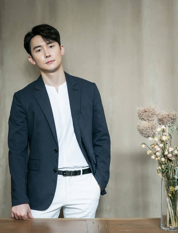 "<p>Actor Kim Jun-ha, this MBC KBS Drama Special 'Spring night'through Melbourne as a KBS Drama Special, was a challenge, but unfortunately, Kong love line and the smoke show was on. Furthermore, the opponent is actress Han Ji-min was in this, for well to touch.</p><p>""My standard Marshmallows(laughter). Enormously catastrophic in fights but, thats the marshmallow in the center of the stand, I was. Fun was. It was hard, but that difficulty by including fun it was. Or (Han Ji-min) note, a veteran, and well prepared to please I smoke really comfortable. And then take leave in one-year-old sister, and my brother and I it say to put in the work to which my wife said comfortable got. Fun was. ""</p><p>This KBS Drama Special from Kim Jun-ha this year to recommend the analysis of characters for the marriage story constantly did figures. This KBS Drama Special shoot while Kim Jun-ha even married think about the different guess.</p><p>""Married and dont have that many shows KBS Drama Special I guess(laughter). So absolute so you should not think that we did. Love we dont see it. That study needs""</p><p>Until now, KBS Drama Special in May was, but maybe KBS Drama Special through Kim Jun-ha, really a glimpse of was a character that was not feel like this was. This part is about Kim Jun-ha is ""a little (smoke) to a variety of wanted to try it. Up color, but various aspects can show up in. I want to be, but the section how to watch the map wondering, directing them to me to see the possibilities and Cast Your that curious. That any possibility of finding not...""and questions exposed.</p><p>Or what works as Kim Jun-ha, and can meet up. During that colorful character acting for him or any new characters in the games feel, but was curious. He is a want to worry if the following works for one has been made.</p><p>""I greedy it seems. A variety of game come in. Wishful thinking, but the human side that the character was right. It is necessarily a good person to talk to it. 'Spring night'of the seat also has a human side to a man I think. Warriors of gray I think. Then a human charm seems needed. Just distinguish the figures than that, even a little gray to stand out and have that human need. Nowadays, such a dealing with a human that works there, thats the kind of work fun on the job than I want to. The following work is slack, and not to try. Suggestions if the car totally off, or if not that?""</p>"