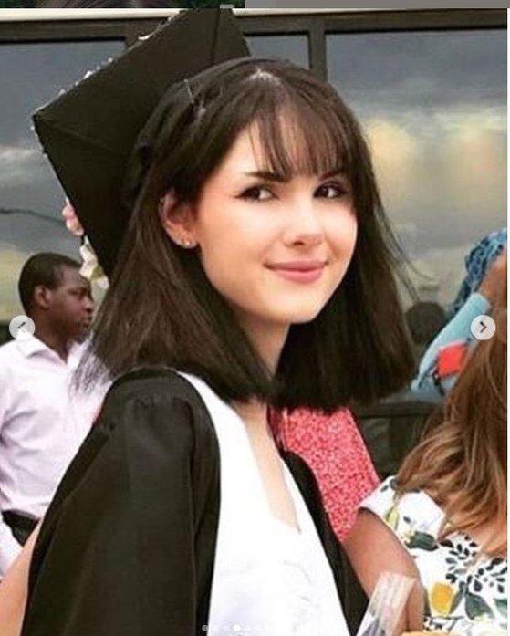 비앙카 데빈스의 고등학교 졸업 사진. [사진 인스타그램]