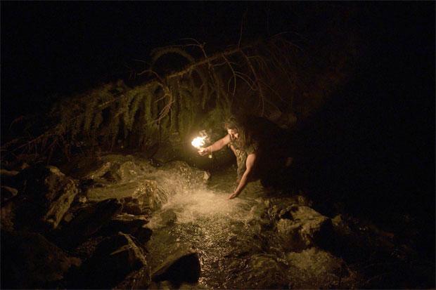 """카미아는 네안데르탈인이 우리가 알고 있는 것보다 훨씬 총명했다고 말한다. 그는 """"네안데르탈인은 불을 사용할 줄 알았으며 날씨에 적응을 잘했다. 주로 동굴에 거주했으며 자주 이동하는 유목민이었다""""고 설명했다./사진=AFP 연합뉴스"""