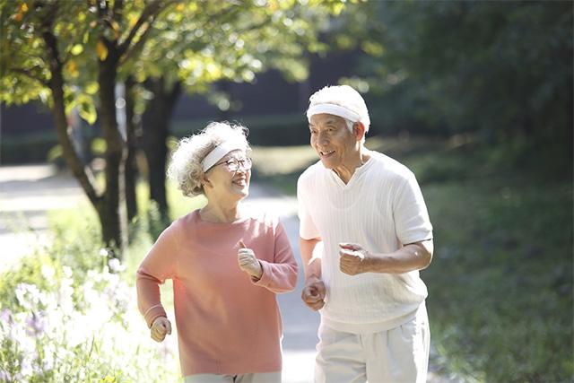 규칙적인 운동으로 치매를 예방할 수 있다는 연구 결과가 나왔다