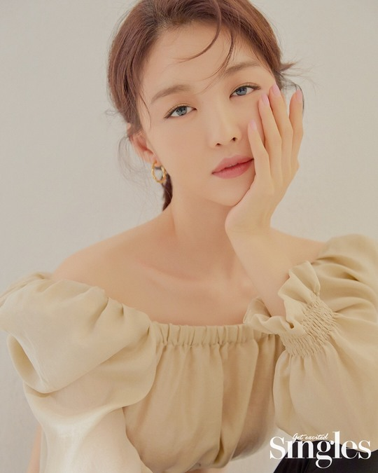 <p>Device us with a Single hair had morphed into.</p><p>Actor the recent single close magazine window-Time Beauty special collection to participate in exclusive beauty showed off it.</p><p>This photoshoot in our photo is off-the-shoulder The to natural to neat the. Only the Single head just like in the atmosphere until more Attention turns.</p><p>For life beautyas the theme conducted this photoshoot in our photo is beautydefinition for some time and changed Beauty, values, 2030, encompassing Beauty tip generously disclosed.</p><p>Meanwhile, Zhang Ye of genuine Beauty to our photoshoot and interview in a single series of 9 October on you can check</p>