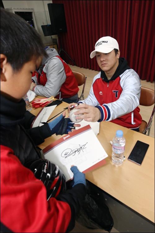 시즌 초 팬 서비스로 도마 위에 올랐던 KIA 김선빈은 사과의 뜻을 나타냈다. ⓒ 연합뉴스