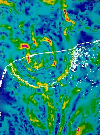 중력이상 지도로 짐작할 수 있는 칙술루브 충돌구 형태. 흰 선은 해안선이다. 미국 지질조사국, 위키미디어 코먼스 제공.