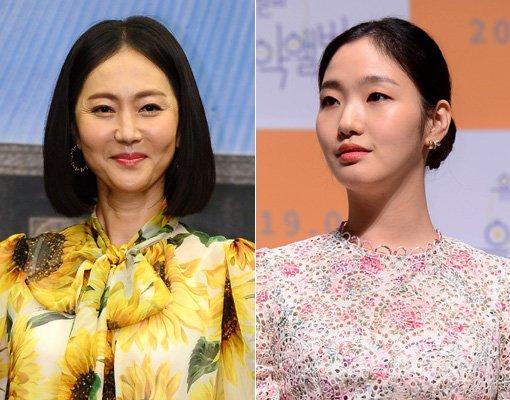 배우 염정아(왼쪽)-김고은. 스포츠동아DB