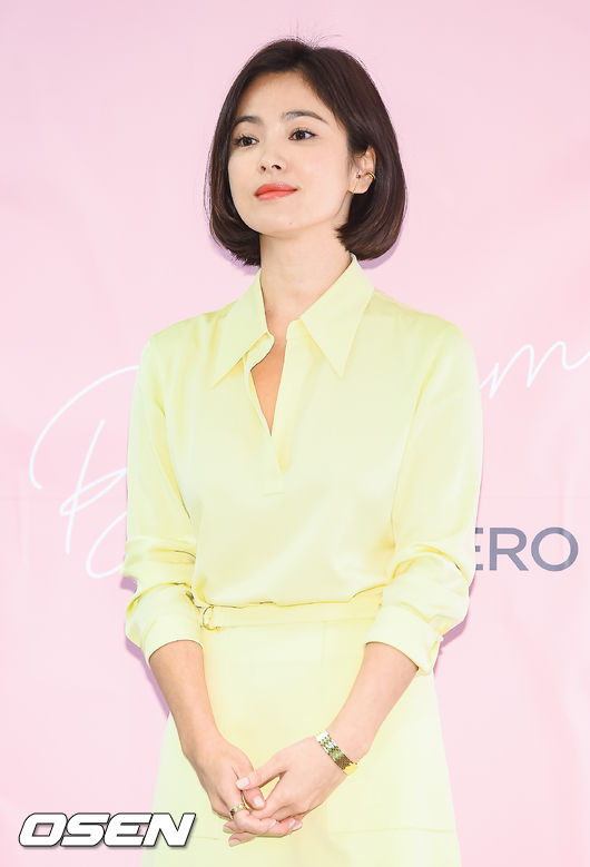 "<p> Actor Song Hye-kyo with New York City is learning has started to foreign media reports came out.</p><p>Hong Kong media recently, ""Fashion Week to attend a car New York City as a departure for Song Hye-kyo Best New York City one of the Chelsea College of Arts in short-term training courses filed,""he informed. In this regard, Song Hye-kyo of the long side 24, in ""the Actors life is not known,""he carefully replied.</p><p>Song Hye-kyo in the last 7 days the United States New York City held at the Ralph Lauren Collection front house attend the walk became known as. The next day the fashion magazine Harpers Bazaar Koreas official SNS posted a video from Song Hye-kyo is leisurely fashion show to enjoy, and the fans greeted it.</p><p>White suit of a finely-dressed and stylish in every way to see that their gaze was robbed. Invariably the doll with the visuals impressive. The fashion industry bigwigs on the mill is a visual and force fans warms made.</p><p>Meanwhile Song Hye-kyo for the past 6 November in Song Joong-Ki and South as gala audience. The current movie Annais being offered a starred review and overseas in the schedule to extinguish the are.</p>"