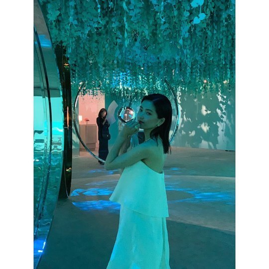 <p>Actor Kim Tae-ri an exhibition of the photos was unveiled.</p><p>Kim Tae-ri company Jay and company the official Instagram on 9 November in 25 days Kim Tae-ri Actor of elegance, filled with piping hot the male came. White Dress and the Actors encounter mood UP! Beauty UP! Mind save, pleaseand posts the photo with this post was.</p><p>Photos in White Dress wearing a head to hand over the elegant, attractive and more for Kim Tae-ri of all our won. Kim Tae-ri is red with an alluring aura to him. Kim Tae-ri of the annihilation seemed to be a small face size into it.</p><p>A picture for the fans sister love, real beautiful, sister art as healing, etc., reactions.</p><p>Kim Tae-ri is the movie victory youre ahead</p>