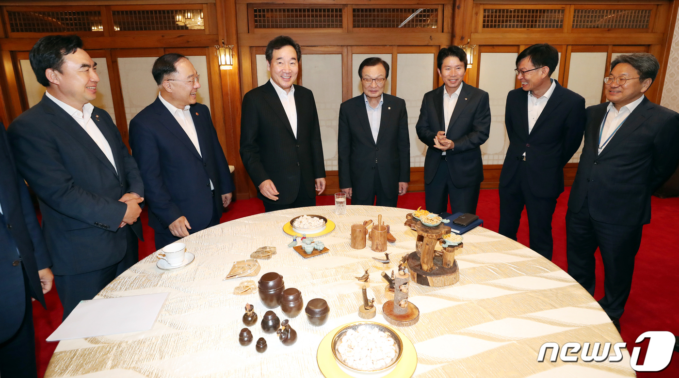 고위당정청 간담회, 특별재난지역 선포 등 태풍 대책 논의