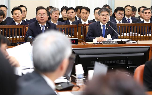 버닝썬 재점화?..한국당