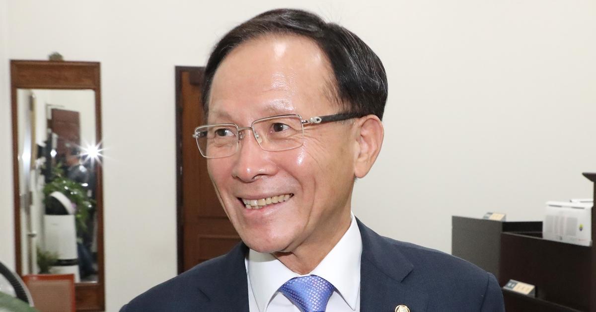 [단독] 주미대사 내정 이수혁, 민주당 탈당..의원직 상실   인스티즈