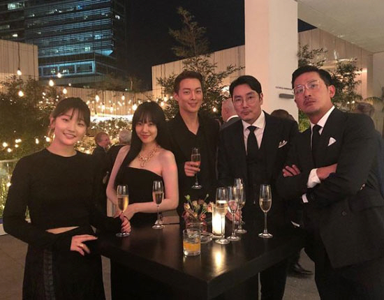 <p>14, Im Soo-jung is his Instagram in the long but was nice to face themthis along with pictures showing.</p><p>Public photos on Im Soo-jung and Park options, long-term use, Ha Jung-woo, Cho Jin-Woong of him. Black dress and you can dress up 5 of the Actors is the United States LA The Hammer Museum held at the gala show attended.</p><p>Meanwhile, Im Soo-jung is a recent tvN enter search terms WWWhas starred in.</p>