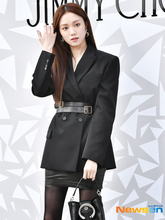 <p>Luxury accessories brand Jimmy Choo of Protocol events 10 18 PM Event Galleria luxury Hall EAST Square in the open.</p><p>This day, Lee Sung-kyung JEONGYEON(TWICE), Hong Jong-Hyun this attended.</p>