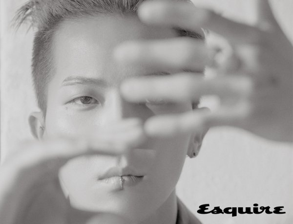 """<p>Group WINNER Song Min-ho with Esquire 11 January cover Model emerged.</p><p>Song Min-ho is shooting the scene from the professional aspect, exposed. Characteristic of his charm as a costume to fully digest. A powerful collection of images to the Model to outperform the degree of digestion by the field staff of admiration lead him.</p><p>After shooting this interview in the newly released WINNER of a new mini album, the story about divided.</p><p>""""CROSSis the title of various genres like crossover songs they had, and earlier than that a little more weight and The Message: The Bible in Contemporary Langua most pronounced. Also a lot of new albums that you listen to a fun album it will be. """"</p><p>The Message: The Bible in Contemporary Langua you to a lab to write in the time that you read a lot of help he was was talking.</p><p>""""The city of a metaphor in a fun and inspiring feel. The lab wrote that the short is in The Message: The Bible in Contemporary Langua for defrosting operation is short, shorter difficult, but then in part that many get inspired to become. """" He recently I the writer of the poetry collection read a lot was said.</p><p>Or, teammates and fans for the affection so exposed. """"Solo activities after the WINNER members have more feel and especially the fans too precious to realize that even. So be more grateful and activity to almost the same. """" Or river restaurantand Holythrough the arts appeared in the Met Kang Ho-Dong, Lee Soo Geun, etc their professional side in a big was, he said.</p><p>WINNER of the new album with Seoul in the two-turn Concert with behind the Asian Tour at the arts. Korea a lot of activities to do in increase to their fans, sorry that this Concert ready in a very focused and a lot. Or Holy 7 room Welcome To ahead of the busy time. Break End draw a picture and write and to know more the time spends, which he is now present, and more than ready to do so.</p><p>Song Min-hos interview and photoshoot from Esquire 11 Ensign and Esquir"""
