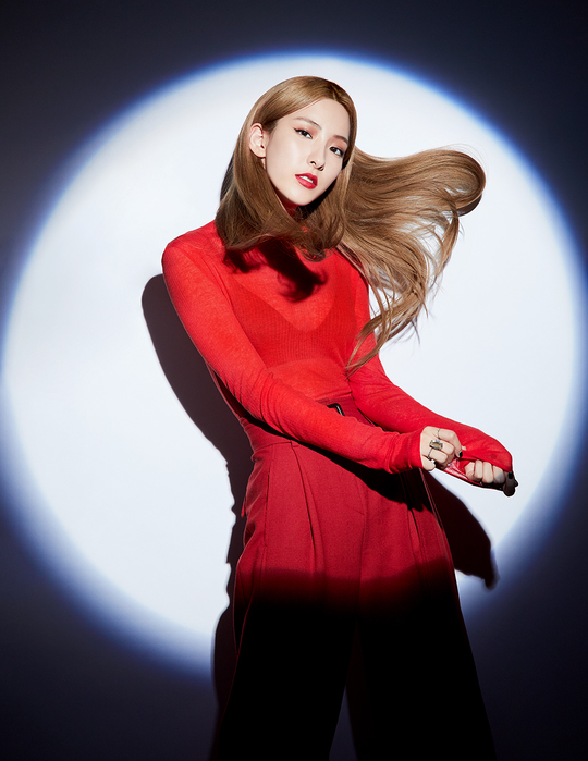 <p>Within a group, Cosmic Girls Eunseo with the Chanel photoshoot B cut-price-unveiled.</p><p>Fashion magazine Cosmopolitanis a recent Cosmic Girls Eunseos photoshoot B-cut photos as eye-catching was.</p><p>That picture is brand Chanels beauty pictorial, Eunseo is a variety of styles all perfectly digested, the usual Cosmic Girls on stage were not able to see the visuals to the fullest and see these people again.</p><p>Especially the classy black mini dress and enchanting atmosphere to wind out, while the intense color of the red suit with a exclusive aura to show. Or funky hair style with leather jacket fashion is the charismatic aspect, the magnificence of nature.</p><p>Along with this Eunseo is a charming red lips makeup, with the city in a chic feel to a distinctive stylish atmosphere, more is.</p><p>Unique visual of the lake, but attracts Eunseo is a Cosmic Girls as a member of, Cosmic Girls by 2016 All Notesto debut dreaming mind, ask, La La Love and steadily released and the last 6 monthly line special album For The Summerof Boogie Upwith various charts that the uptake and Music Broadcast 4 golds today for more within the group established itself as on success.</p><p>Also Eunseo is your 4 fixed MC active to start with real 300, Sky hammer chain variety in the program has been active, the recent broadcast of 2019 Thanksgiving distinctive idol star Championshipsin the seed oil from archery until the preeminent motor nerve with the acessuch as glance on 2019 in thenew gameof the new crew joining in with such system Daystarin hot is getting attention.</p><p>Meanwhile Cosmic Girls by 11 December, a new mini-album As You Wish(please keep to time)has a comeback ahead of the album last-minute preparations in the open and are</p>