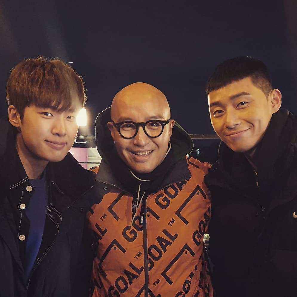 <p>15 Hong Seok practice their Instagram in the two pictures with the add new outdoor suffer from a nut nice purse personality wallet #Park Seo-joon rising star #Kim Dong-hee still Iin the latter article said.</p><p>Photo belongs to Hong Seok-hot actor Park Seo-joon, Kim, Dong-hee of The between the shoulder to hold the laughter. This photo from the bar table in the Park Seo-joon and sitting side by side looking into the camera and laughing.</p><p>Hong Seok-CHEON appeared during the life time channel art or interioris every Saturday at 7 p.m. the 20 minute broadcast.</p>