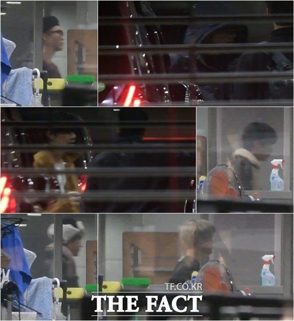 25일 오후 일본 후지TV 'FNS가요제' 녹화방송을 마친 방탄소년단 슈가,정국,진,지민,제이홉,뷔(왼쪽위부터 시계방향으로)가 방송국을 빠져나가고 있다./도쿄=이효균 이덕인 기자
