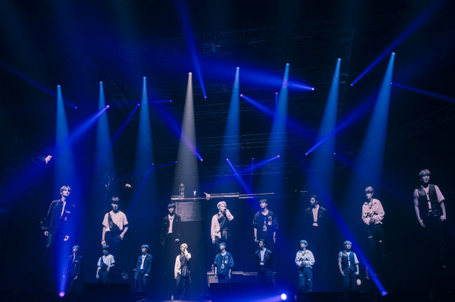 """<p> Straight kids(Stray Kids)with Japan showcase performance, and in 2020, 3 March at the official debut for.</p><p>Straight kids the last 3 days Japan Tokyo Yoyogi National Stadium 1st Gymnasium in the local showcase Stray Kids Japan Showcase In 2019, """"Hi - STAY""""(straight kids Japan showcase in 2019, """"high - state"""")is held.</p><p>This showcase is a local fan club Limited was held in spite of the 8000 people audience flocked to the Samsung Groups initial application was.</p><p>Members debut song District 9(District Nine)and My Pace(the pace), MIROH(labyrinth), including intense and powerful performance is compelling their own song on stage that was.</p><p>Venues filled fans light stick to shake, and you will cry spent, and the Korean lyrics to sing along and performances open to even more hotter than ever with it.</p><p>Straight kids are so many STAY(the stage, the fandom life)Listen I it. Always fans, thank you. With this in mind so you can pass a wonderful song make you. Forward eight members, one to goWould you like some said.</p><p>Also next year 3 November in Japan from debut album SKZ2020is released,said the surprise announcement for fans of cheers.</p><p>SKZ2020is Japans biggest music company Sony Music through the first lines seem intended as a more forward high point. Straight kids of the Japan music market news in the local mainstream media, they too focus lights pouring out.</p><p>Sankei Sports that stress is the key to the rookie award 10 golds theyre cuddly Super Samsung Groupand introduced, and the daily Sport abroad from the stage winner and Samsung Group Japan launches confirmed,said expectations were exposed.</p><p>Nissan American sports that JYP Entertainment, average age 19. 6 three of the next generation of artists around the world, with 12 cities, 13 times the scale of overseas showcase UNVEIL TOUR I am. . . (When the veil to tour em. . . )The castle washow detailed I was. In addition to Oricon, Sports Protection, the Chunichi Sports, Sports loc"""