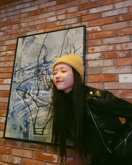 "<p> 'Running Man' OH MY GIRL(OH MY GIRL) YooA photos of eye-catching.</p><p>The last 8 days OH MY GIRL(OH MY GIRL) official SNS, ""#OH MY GIRL #YooA #Shasha #today interesting was Warsaw #gift Warsaw called""the Eagle and soar to the members YooA photos of the play was.</p><p>Photo belongs YooA is a variety of posing and chic to show off and there. He left us and rate OH MY GIRL fan club miracle of the interest received.</p><p>More YooA is a chic photos along with the usual foot hero(Pokemon), called to make cute photo with the post for more eye-catching was.</p><p>The last 8 days broadcast SBS good Sunday - Running ManOn Running Man attract investors lace decorated actor strong, or this our photos, OH MY GIRL YooA, broadcast only disease present as a guest appeared. The cast of YooA the day of Michael Jacksons 'smooth criminal', baby repeat of 'an Have' dance as well as by the viewers who did.</p><p>Also, how long before the denouement ended Mnet 'Queens grave'in a stunning new potential with every race they stage a renewed and tremendous growth possibilities proven can.</p><p>He later art, including a variety of broadcast activity to unfold or will be.</p><p>1 entertainment media, video and New Media brand.</p>"