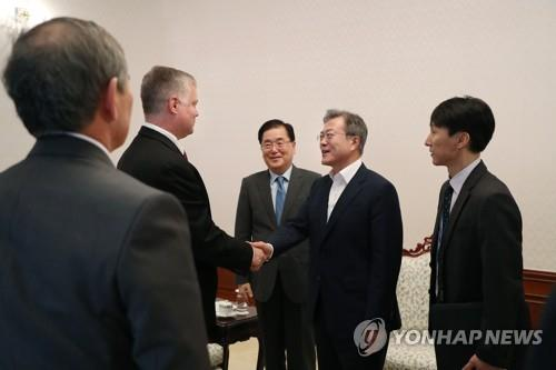 文대통령, 내일 비건 美대북특별대표 접견..북미대화 해법 논의