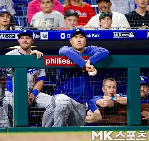미국 현지에서 다저스의 류현진 이탈은 팬들마저 떨어져 나갈 수 있는 일이라고 지적했다. 사진=MK스포츠DB