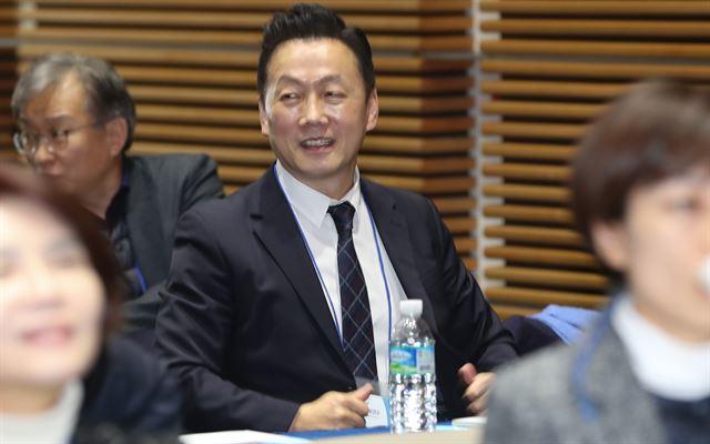 정봉주 더불어민주당 전 의원이 22일 서울 용산구 백범김구기념관에서 열린 민주당 제21대 총선 입후보자 교육연수에 참석하고 있다. 뉴스1