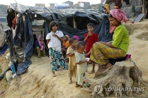 방글라데시서 피난생활하는 로힝야족 난민들 모습 [EPA=연합뉴스]