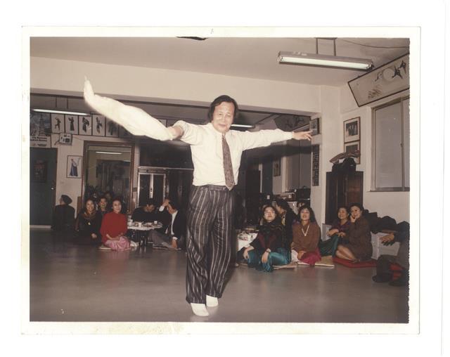 지병수씨는 실은 18년 가까이 전통무용을 해 온 춤의 달인이다.애플북 제공