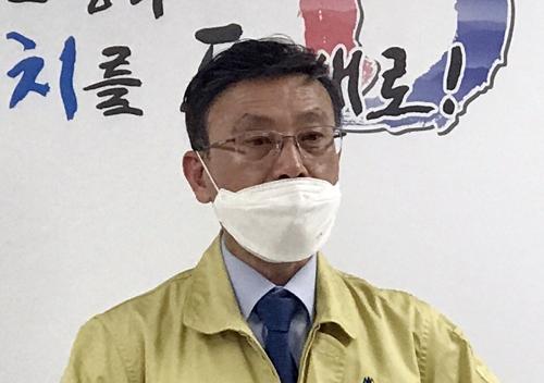 브리핑하는 정하영 김포시장