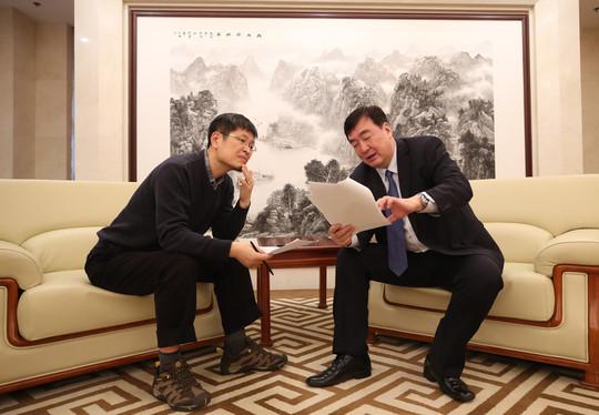 싱하이밍 주한중국대사가 21일 오후 서울 중구 주한중국대사관 접견실에서 <한겨레>와 직격인터뷰를 하고 있다. 백소아 기자 thanks@hani.co.kr