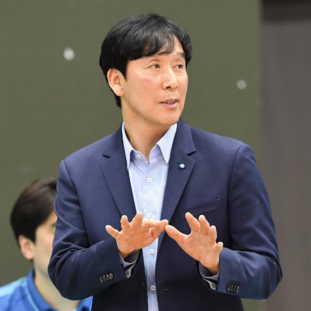 우리카드 신영철 감독. 한국배구연맹(KOVO) 제공