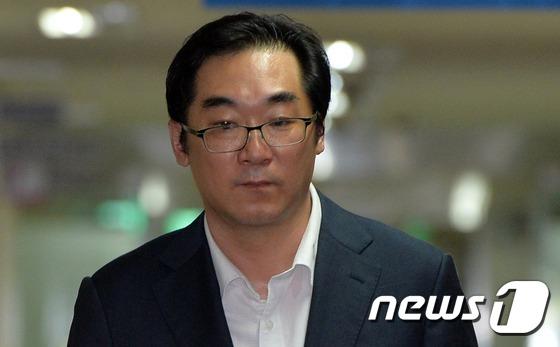'민중은 개·돼지' 막말 논란을 일으킨 나향욱 전 교육부 정책기획관/뉴스1 © News1 박지혜 기자