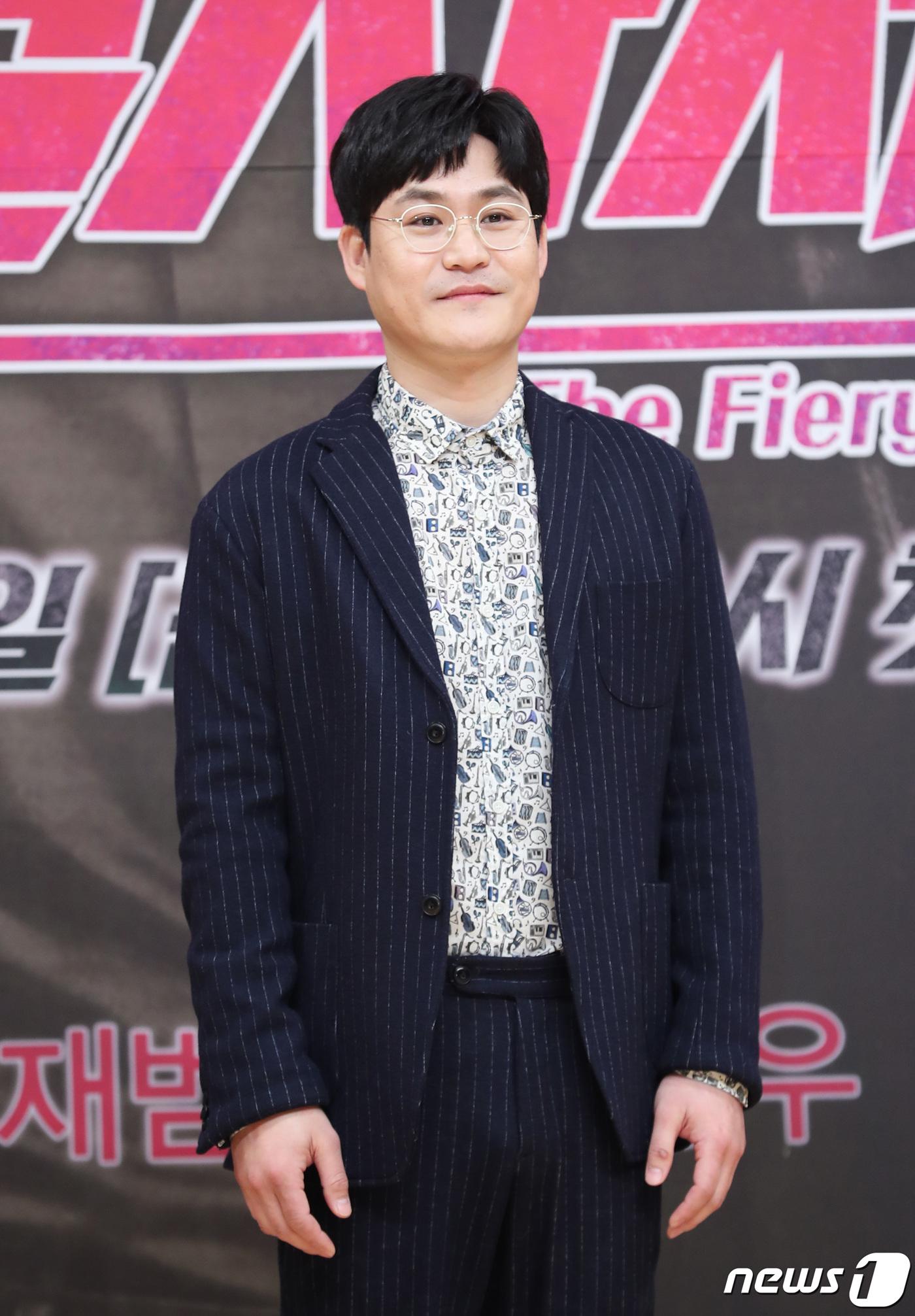 [단독] '믿보배' 김성균, 넷플릭스 'D.P'로 드라마 복귀..정해인과 호흡 | 인스티즈