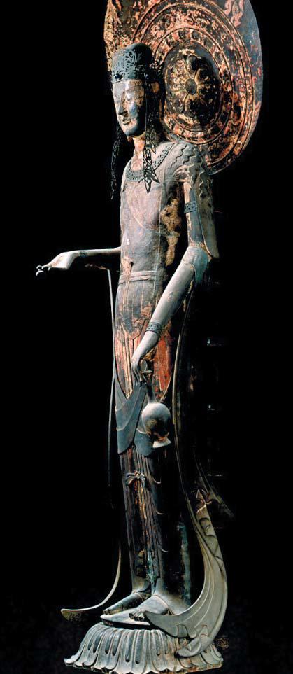 일본 나라 호류지의 '백제관음'. 높이 210㎝. 팔등신 늘씬한 몸매, 정병을 살포시 쥔 왼손, 앞으로 내민 오른손의 굴곡까지 유려한 7세기 아스카 시대 걸작이다. /도쿄국립박물관