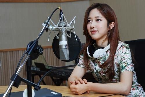 '전현무의 연인' 이혜성 아나운서, KBS에 사표..'결혼설'은 부인