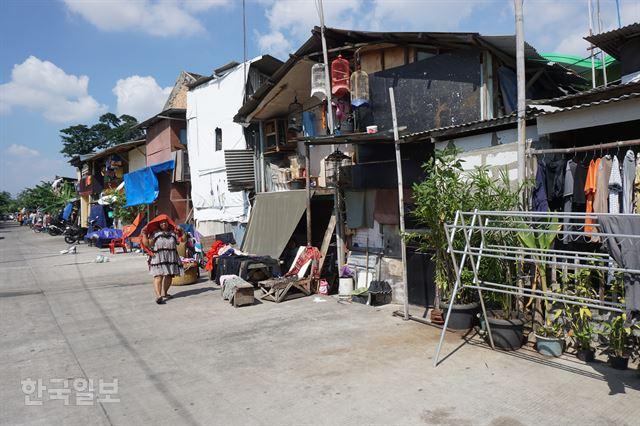 자카르타 북부의 한 빈민촌 풍경. 자카르타=고찬유 특파원